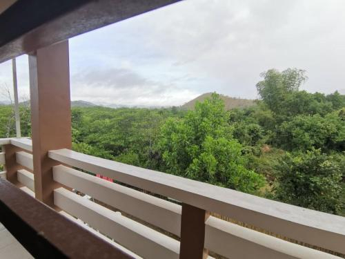 Forest Moon Hostel, Coron