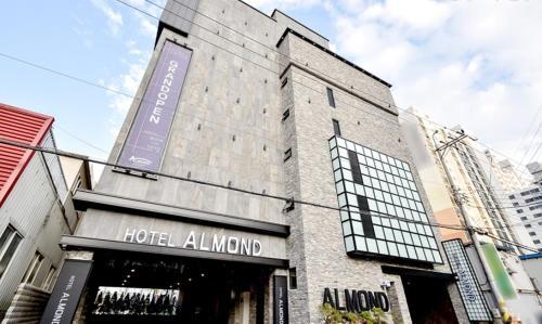 Almond Tourist Hotel, Masan