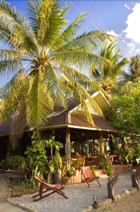 Blue Beach Resort, K. Sam Roi Yot