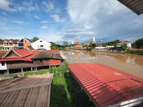 Baan Keang Chon Ayutthaya บ้านเคียงชล อยุธยา, Phra Nakhon Si Ayutthaya
