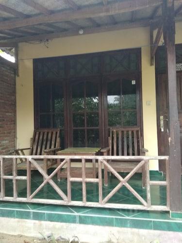 Ketapang Homestay, Lombok Tengah