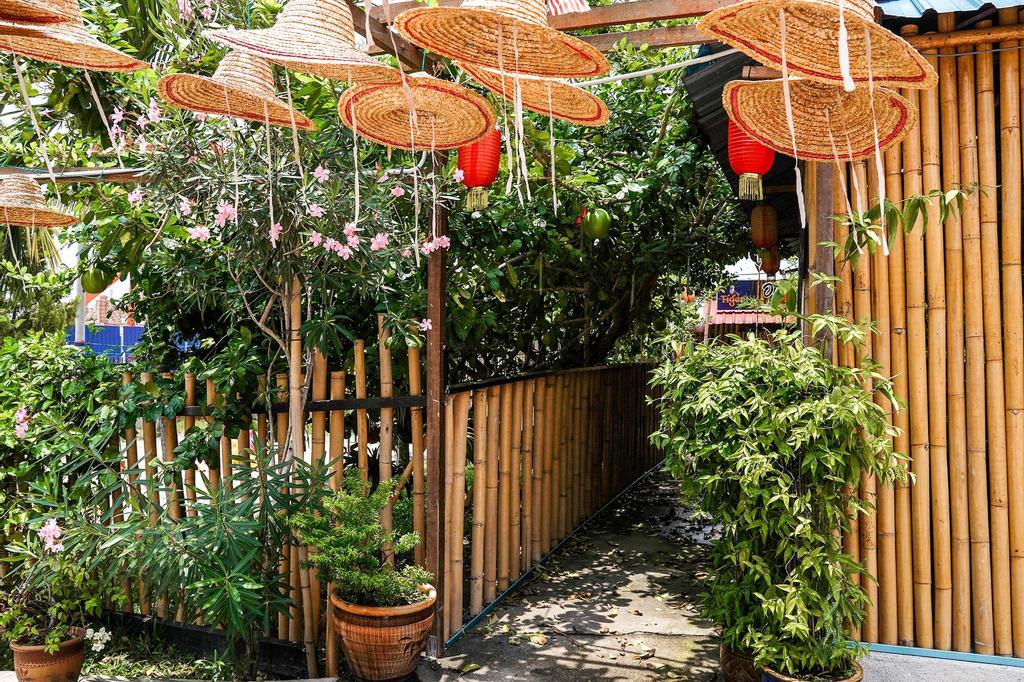 OYO 89374 Ohana Restaurant & Homestay, Manjung