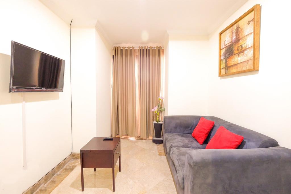 Exclusive Riverside Pluit Apartment, Jakarta Timur