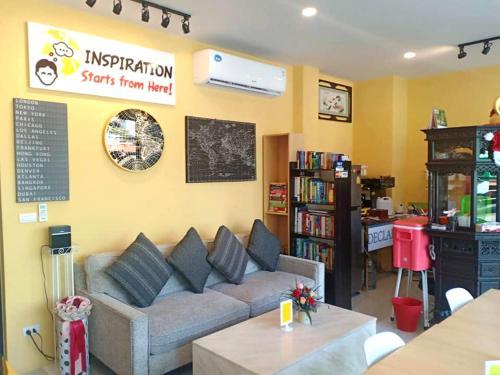Inspiration Starts from Here! อินสไปเรชั่น สตาร์ท ฟอร์ม เฮีย!, Phra Pra Daeng
