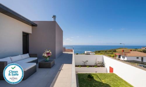 Casa Celeste - Deluxe Ocean View/Heated Pool, Vila Franca do Campo
