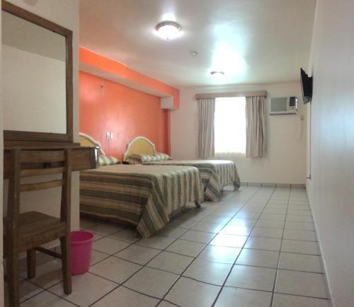 HOTEL BOULEVARD, Paraíso