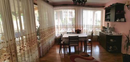 Casa Teodora, Sanmartin