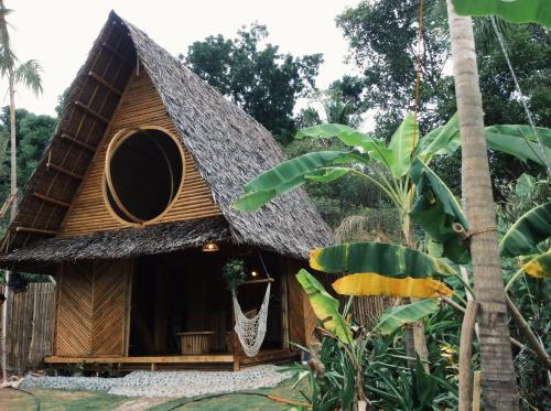 Jungle Hut - Private bamboo cabin & garden near Cambugahay Falls, Lazi