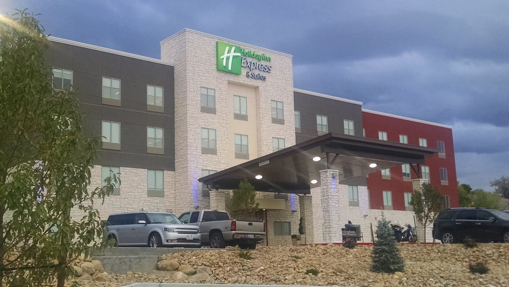 Holiday Inn Express & Suites Price, Carbon