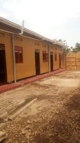 Ntale Guest house, Bunyaruguru