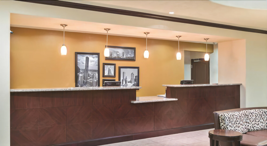 Summer Hill Inn & Suites, Fort Bend
