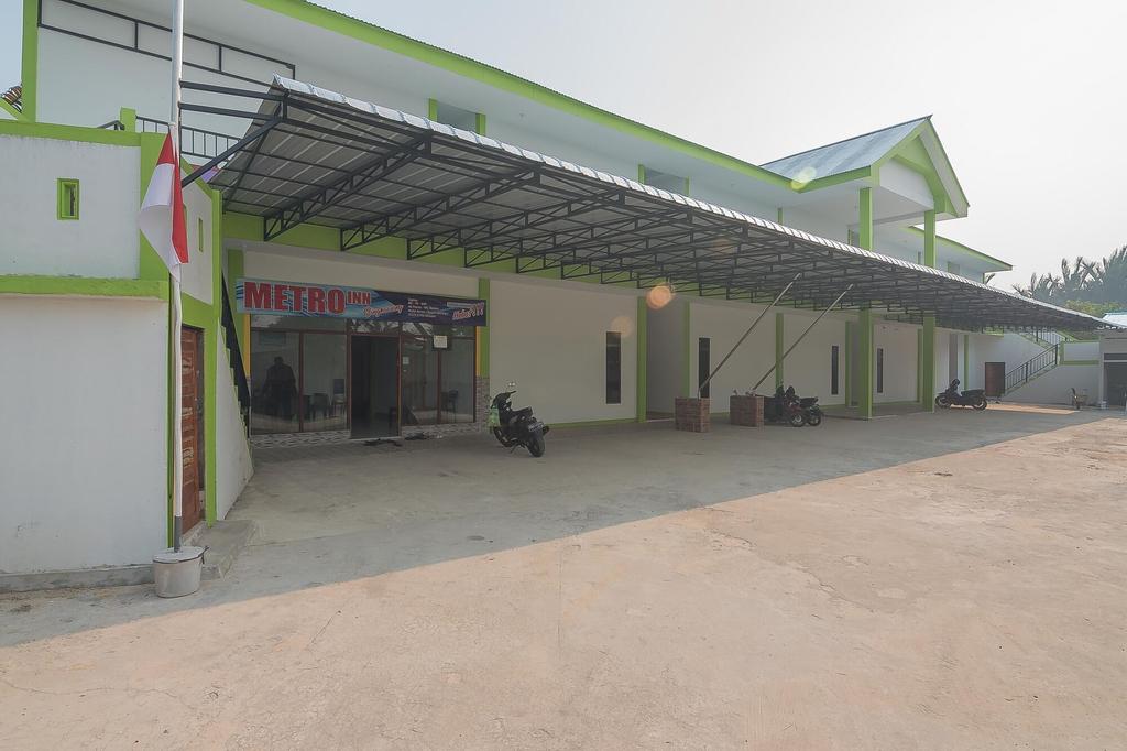 RedDoorz near RS Harapan Bersama, Singkawang