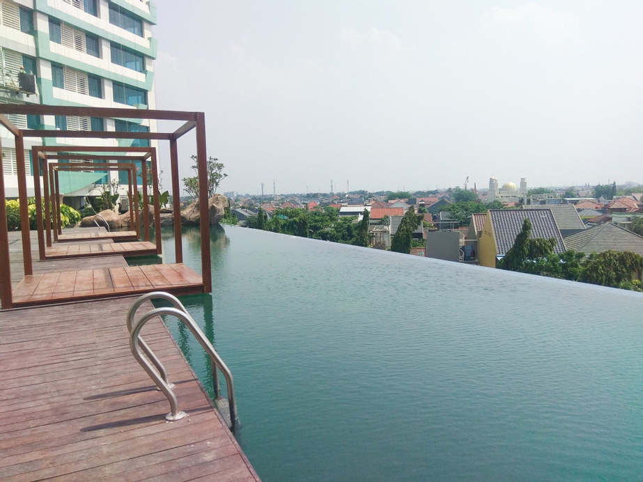 Luxurious 2BR Apartment @Grand Kamala Lagoon, Bekasi