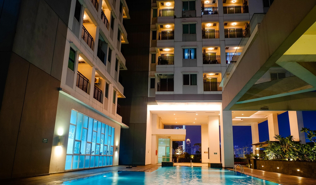 Near Grand Indonesia Thamrin Executive Apartment, Jakarta Pusat
