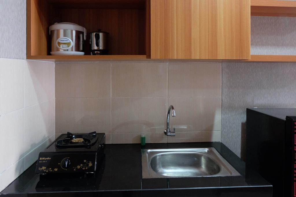 Cozy Studio The Oasis Mahogany Apartment, Cikarang