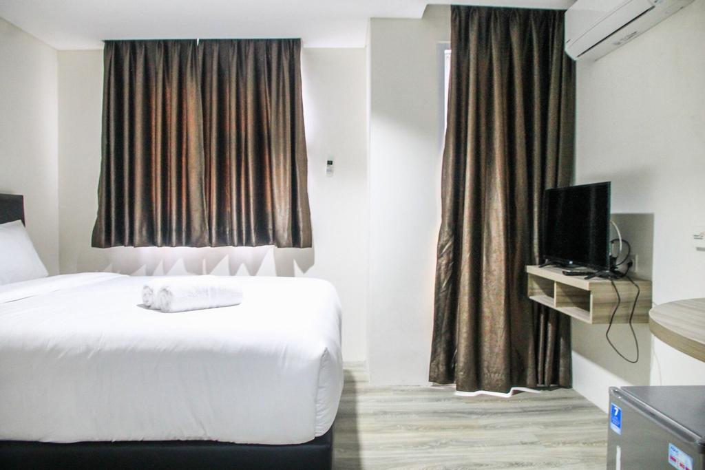 Comfy Studio Room Bintaro Icon Apartment, Tangerang Selatan