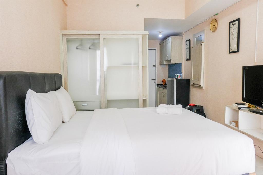 Simply Studio Room Tamansari Skylounge Apartment, Tangerang