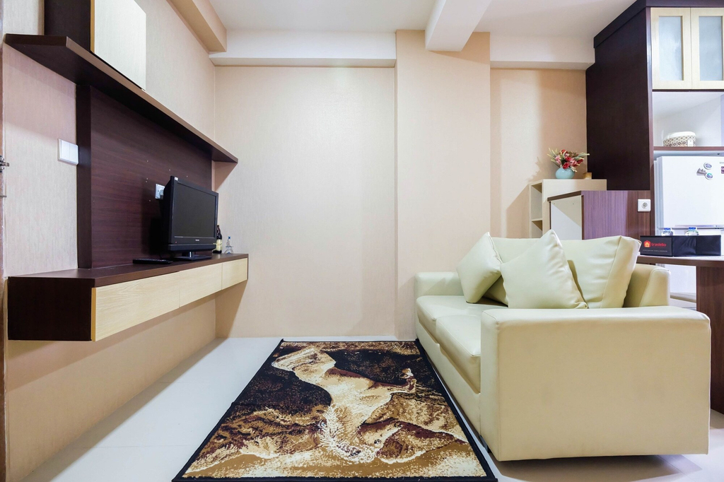 Homey 2BR The Oak Tower Apartment, East Jakarta
