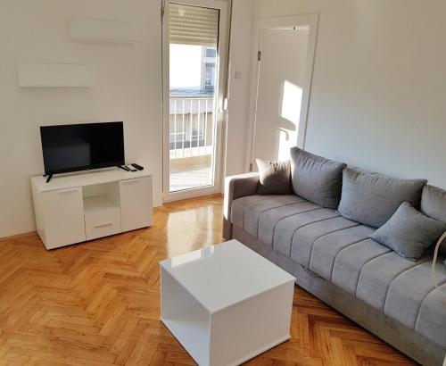 Kiki apartment Obrenoviceva, Niš