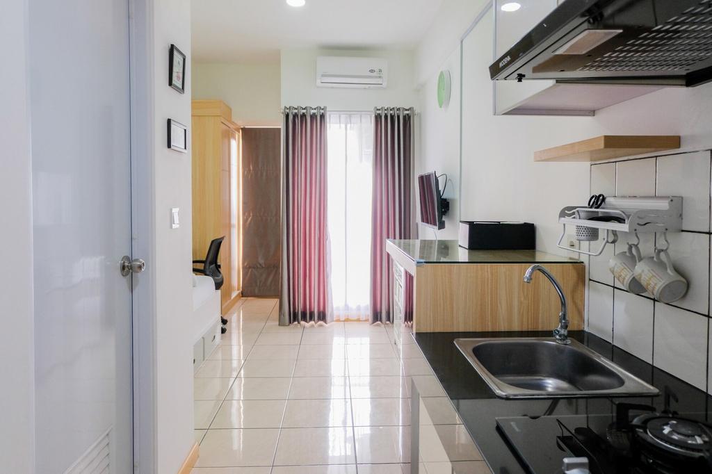 Studio Room at M-Town Residence near Summarecon Mall Serpong, Tangerang