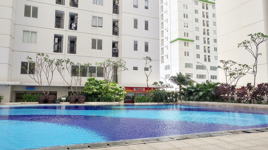 Easy Access to The Mall and Exclusive 2BR Bassura City Apartment, Jakarta Timur