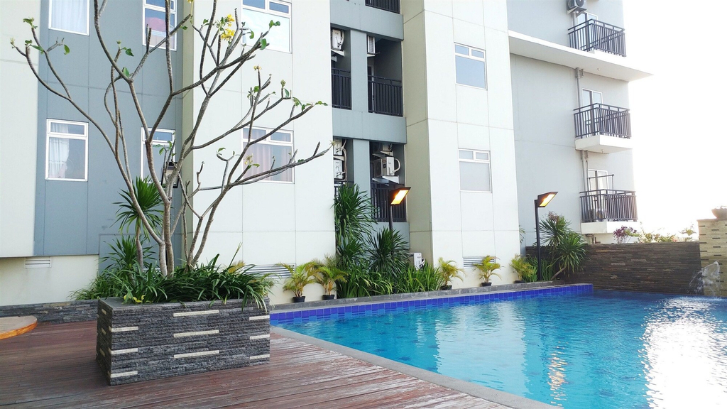 Cozy & Comfy Studio Gading Greenhill Apartment, North Jakarta