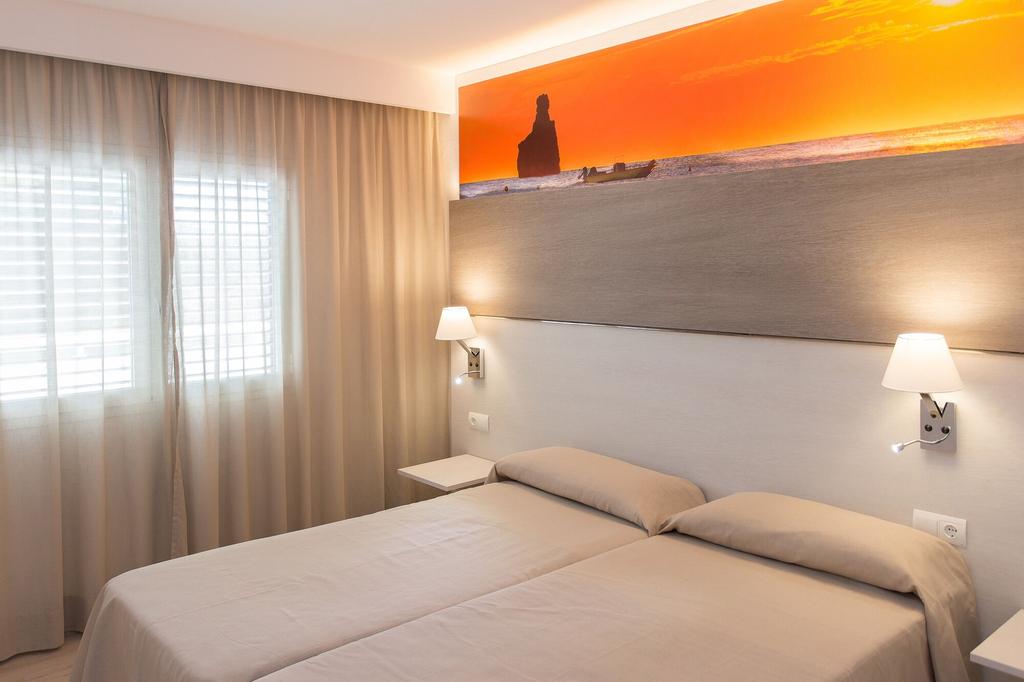 Apartamentos Art, Baleares