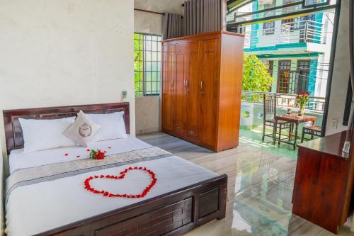 Royal Crest Hotel, Huế
