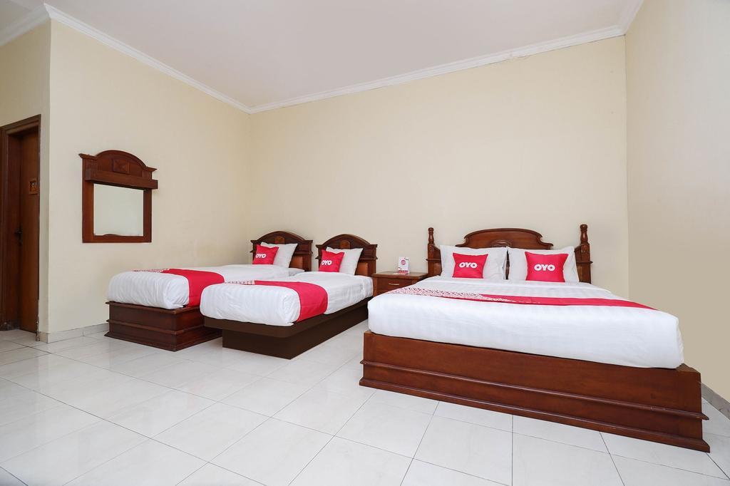 OYO 1625 Pandanaran Guest House, Semarang