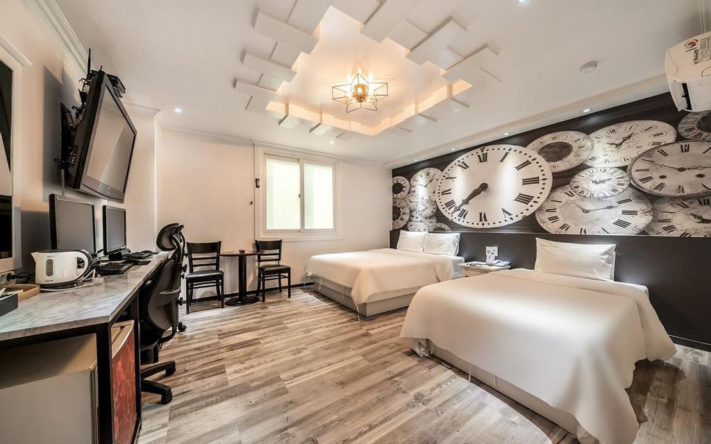 New Rose Hotel, Siheung