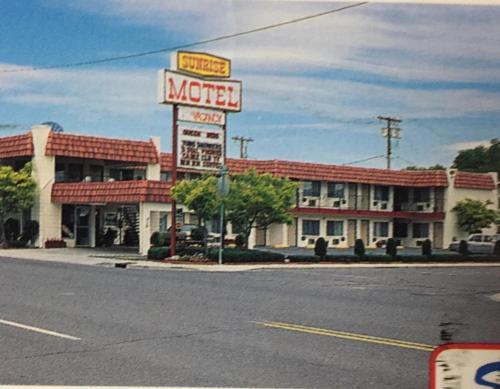 Sunrise Motel, Washoe