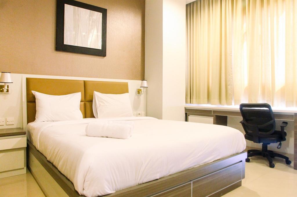 Deluxe and Modern Studio M Gold Tower Apartment, Bekasi