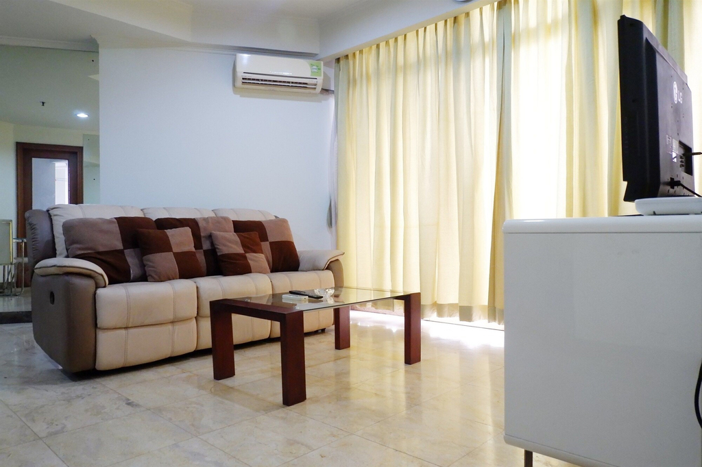 Spacious 2BR Slipi Apartment near Senayan, Jakarta Barat