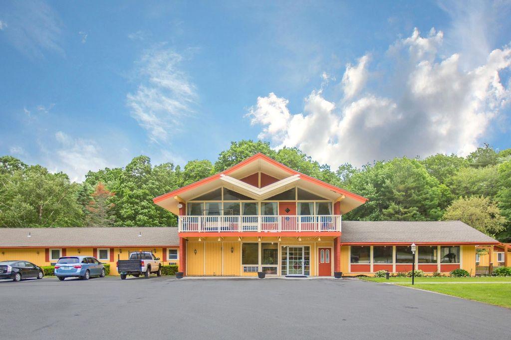 Econo Lodge, Bennington