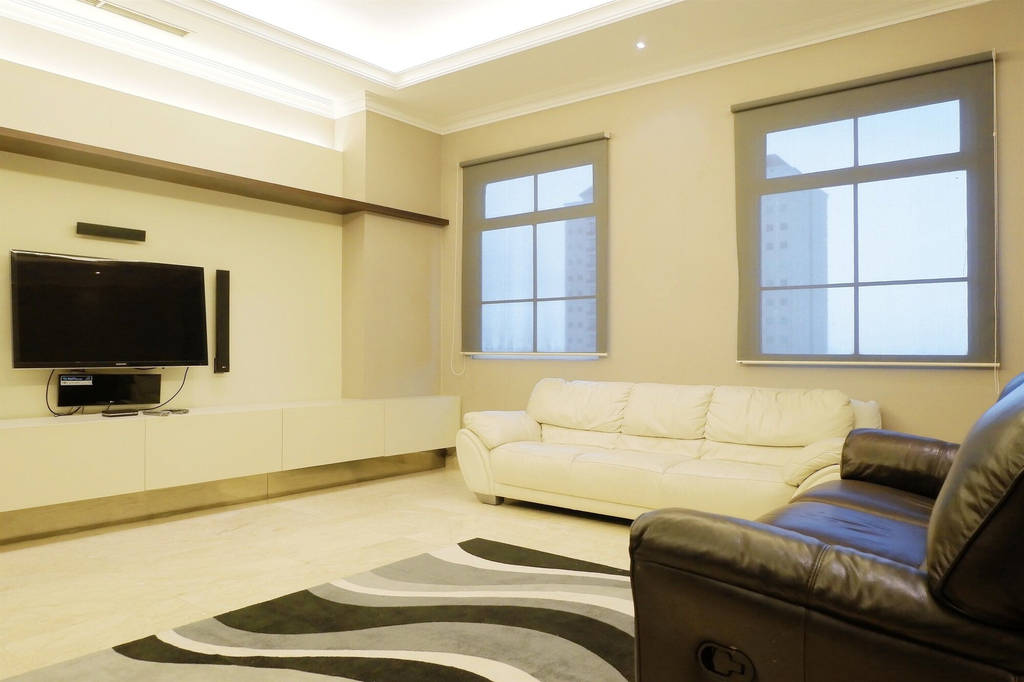 Luxury 2BR The Bellezza Apartment with City View, Jakarta Selatan