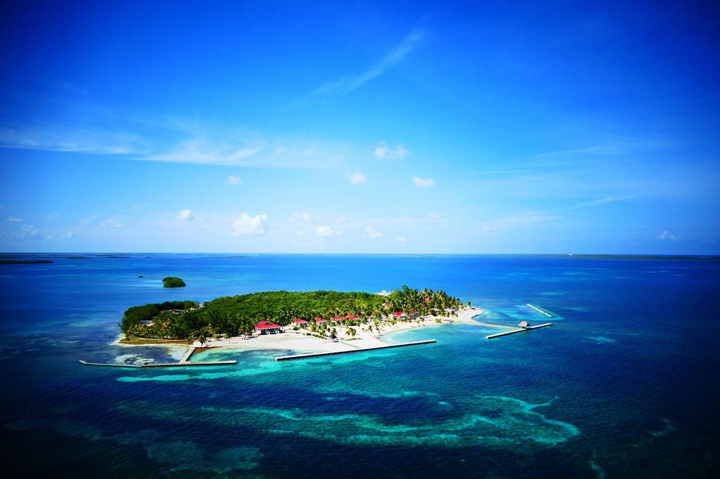 Turneffe Island Resort,