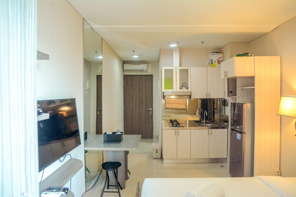 Prime Location Studio Apartment at Elpis Residence near Ancol, Jakarta Pusat
