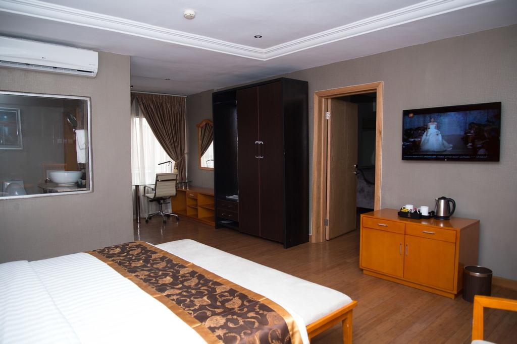 BON Hotel Sunshine Enugu, Enugu North