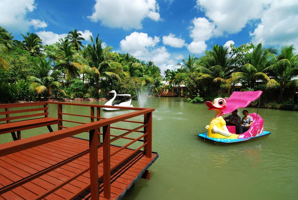 Baan Amphawa Resort & Spa, Amphawa
