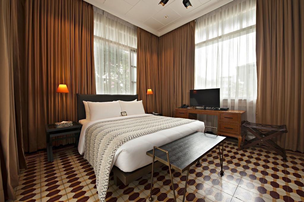 The Henry Hotel Manila, Pasay City