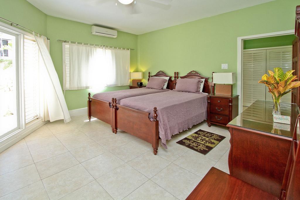 Azure Cove, Silver Sands. Jamaica Villas 5BR,