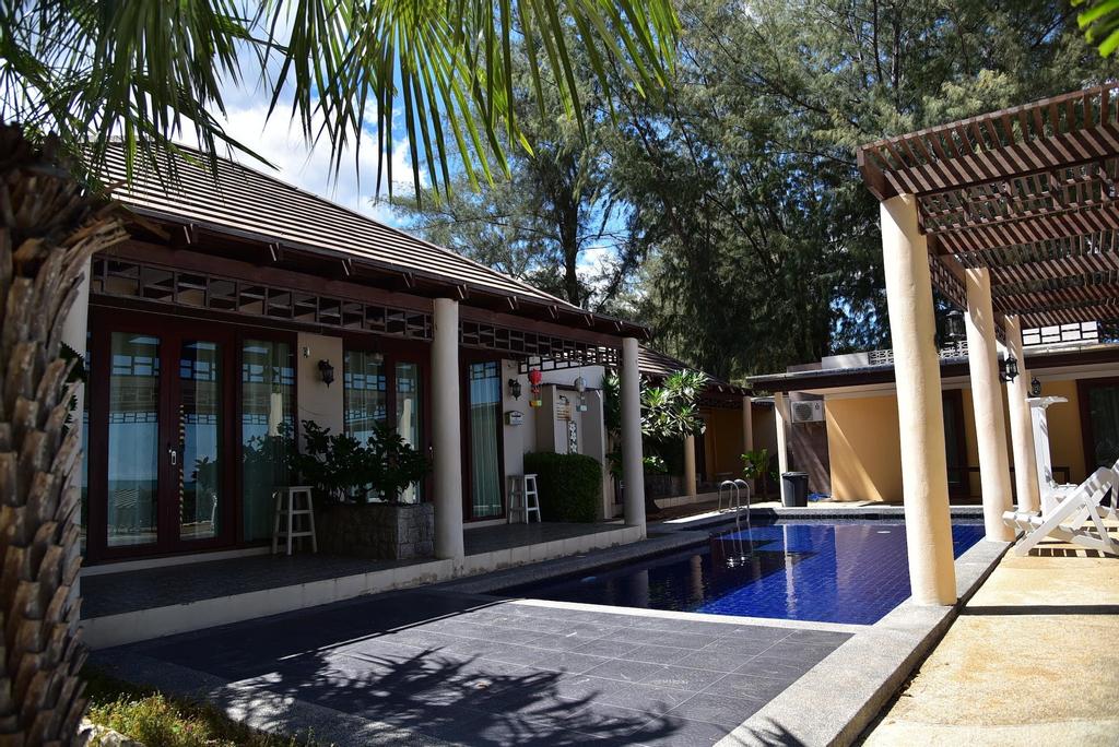 Puranaya Resort, K. Sam Roi Yot