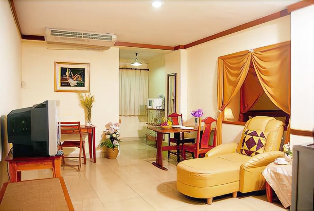 Howard Square Boutique Hotel, Bang Kho Laem