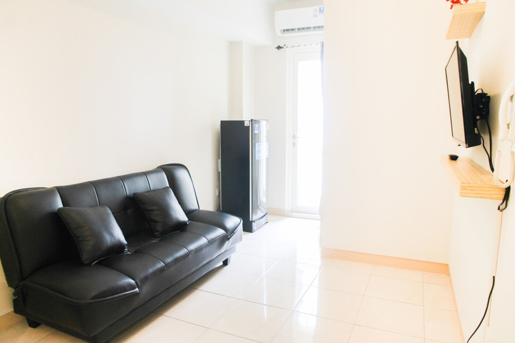 Simply Minimalist 2BR The Springlake Apartment, Bekasi