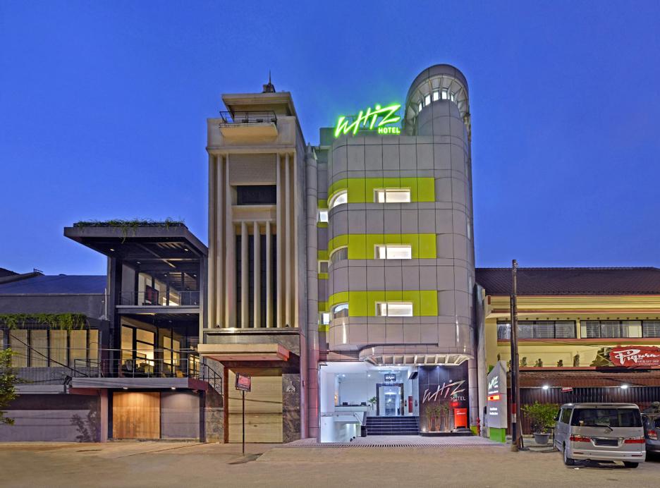 Whiz Hotel Falatehan Jakarta, South Jakarta