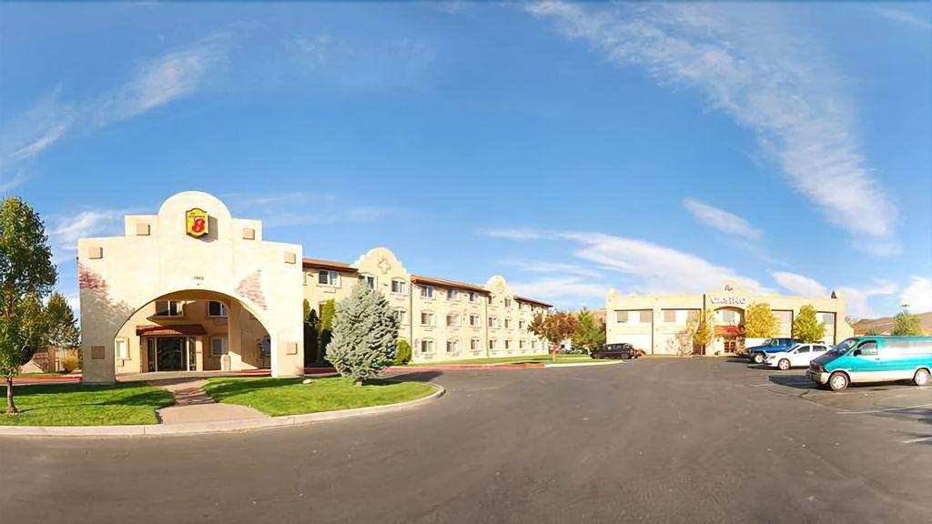 Super 8 by Wyndham Sparks/Reno Area, Washoe