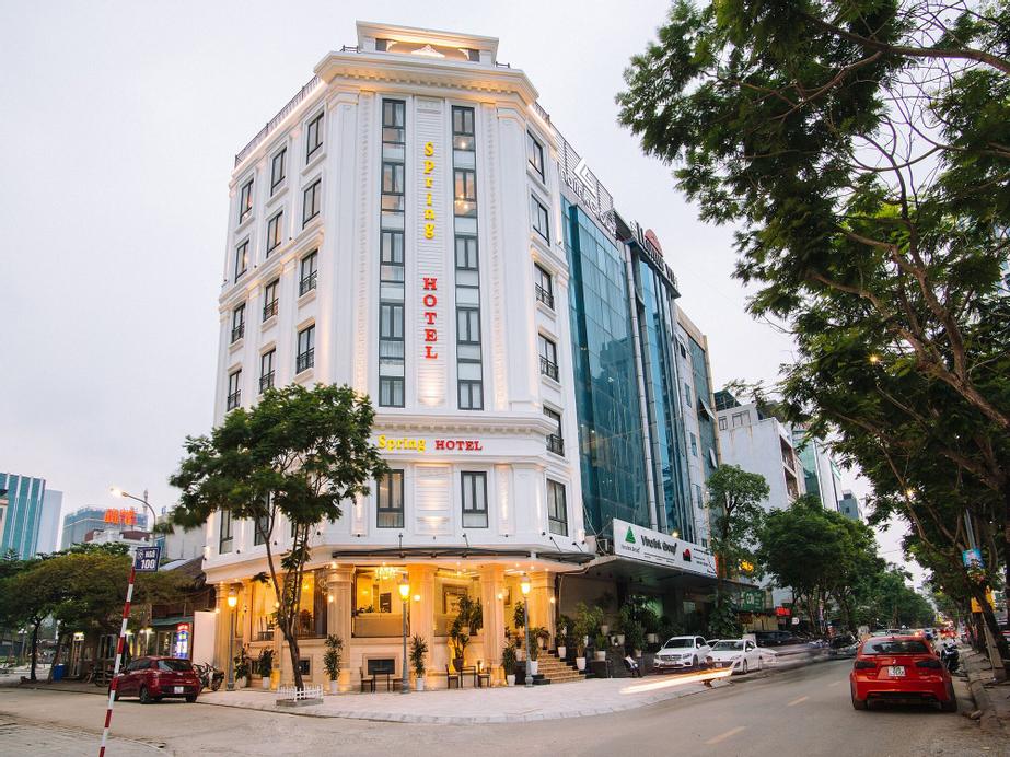 Spring Hotel Hanoi, Cầu Giấy
