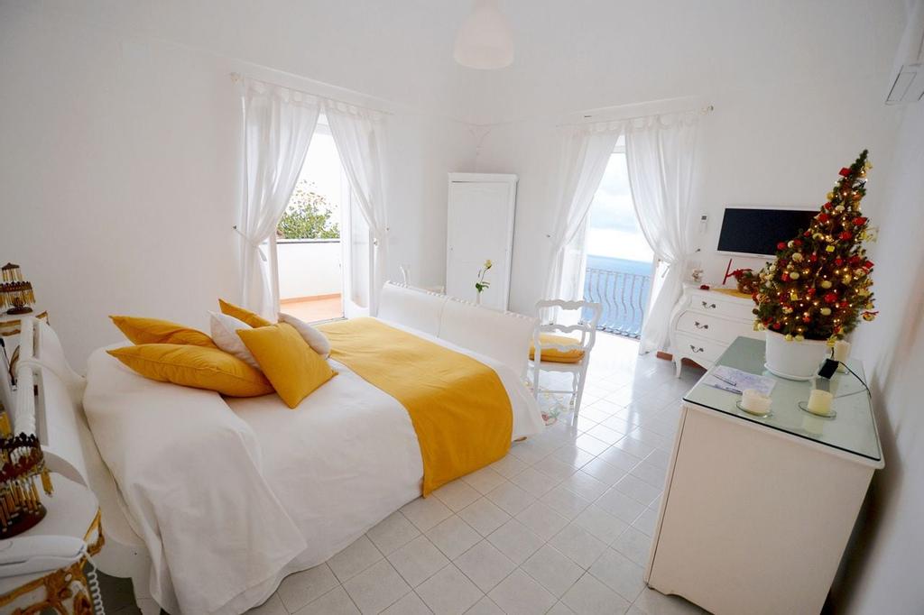 Villa Yiara, Salerno