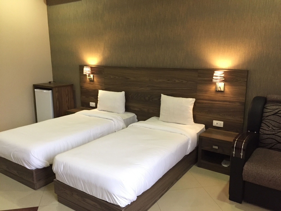 Primer Hotel,