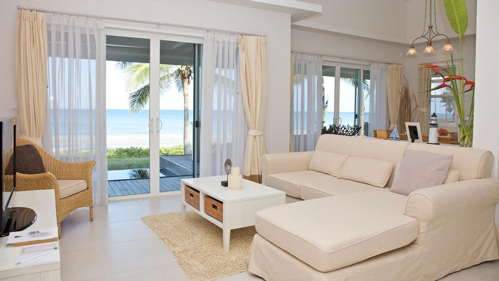 Nishaville Resort, Thap Sakae